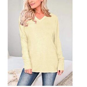 MIANN V-Neck Pullover
